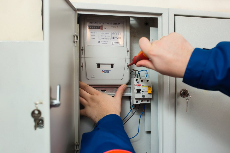 В Москве и Подмосковье заменят около миллиона электросчетчиков